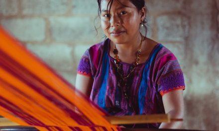 Preservar lenguas maternas en Zacatlán